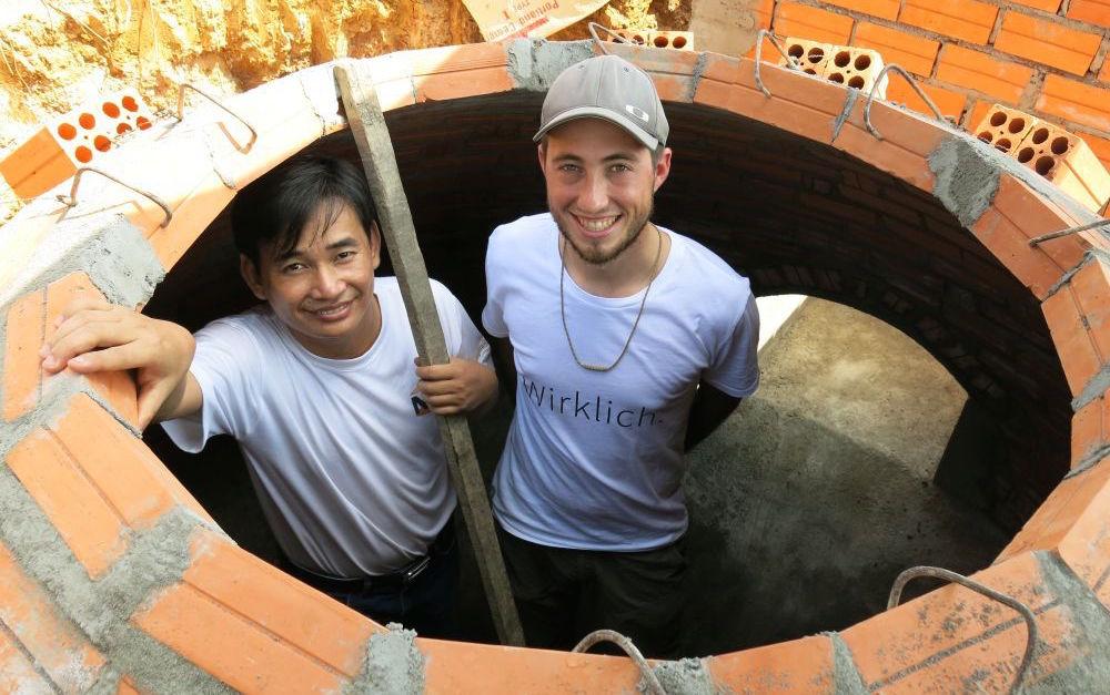 Mit dem Longboard zu den Biogasanlagen in Kambodscha - durch Polarsterns Kunden ermöglicht