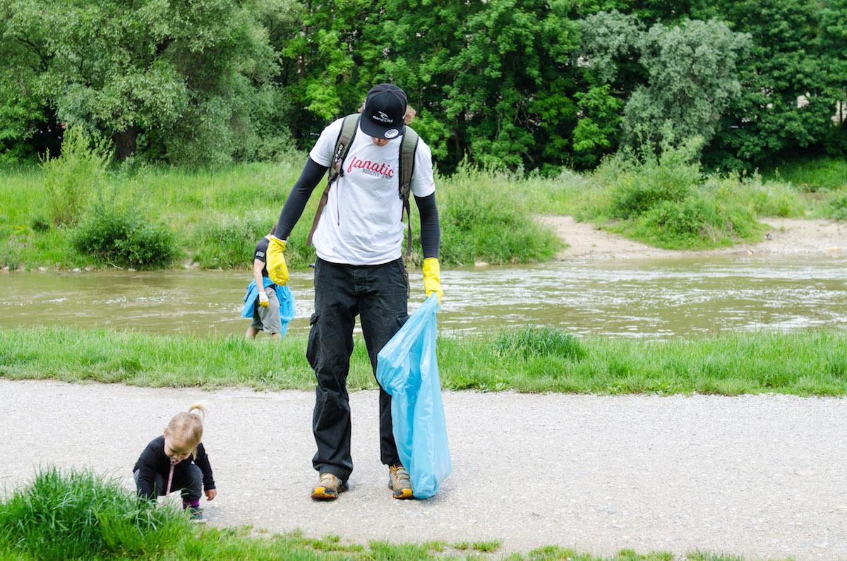 Kampf dem Müll an der Isar - und alle machen mit