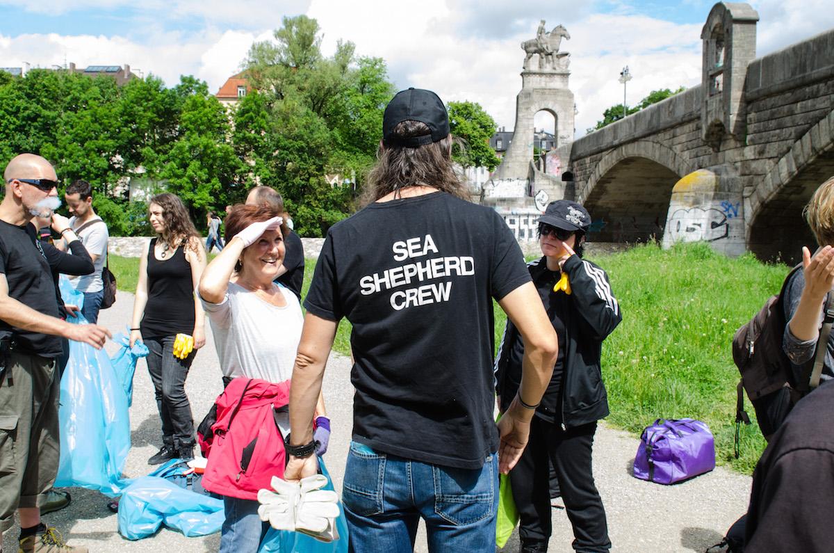 Sea Shepherd in Aktion - am Fluss statt auf dem Meer