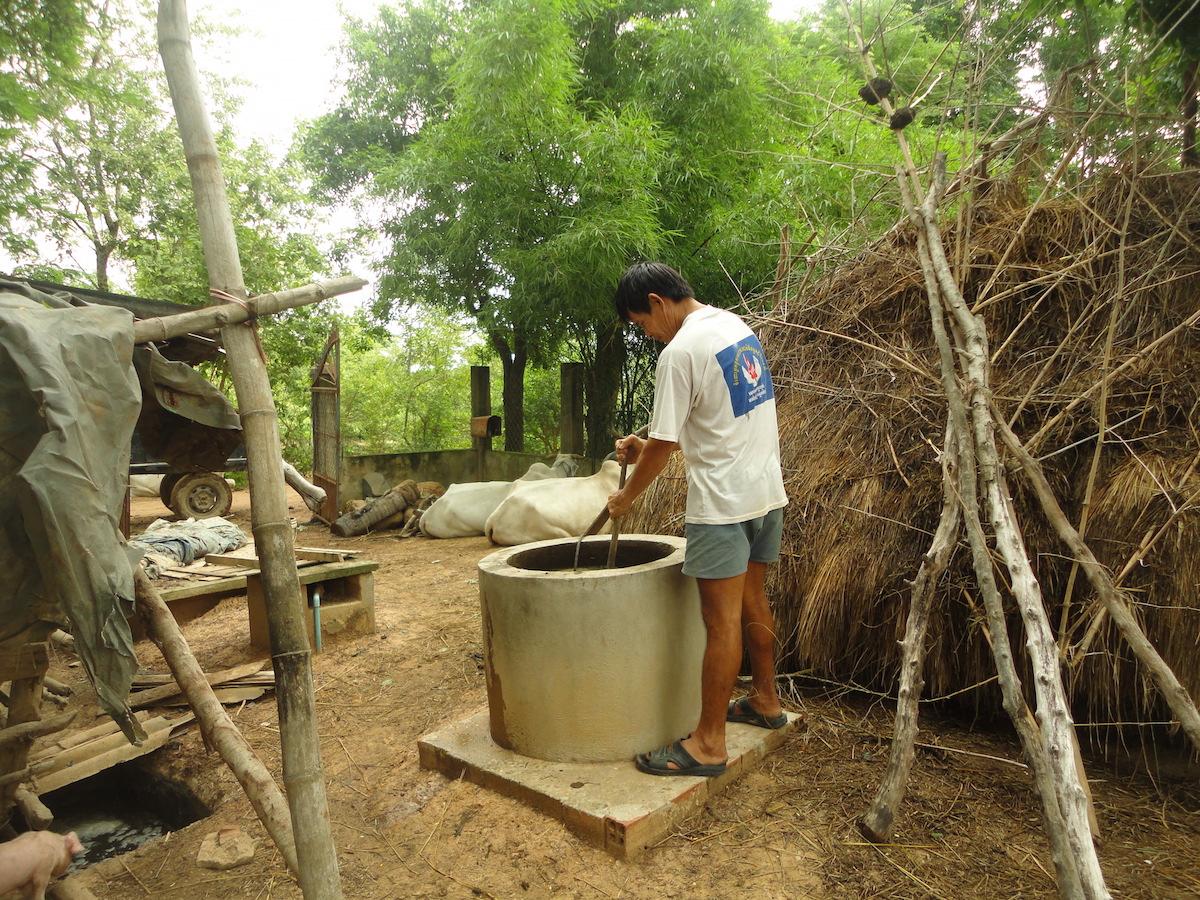 Dung + Wasser = Biogas