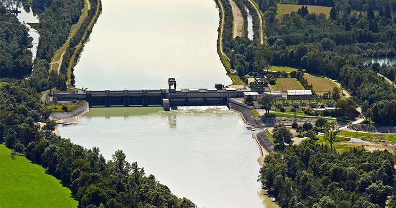 Das Wasserkraftwerk Feldkirchen am Inn ist der Ort, an dem Wirklich Ökostrom erzeugt wird.