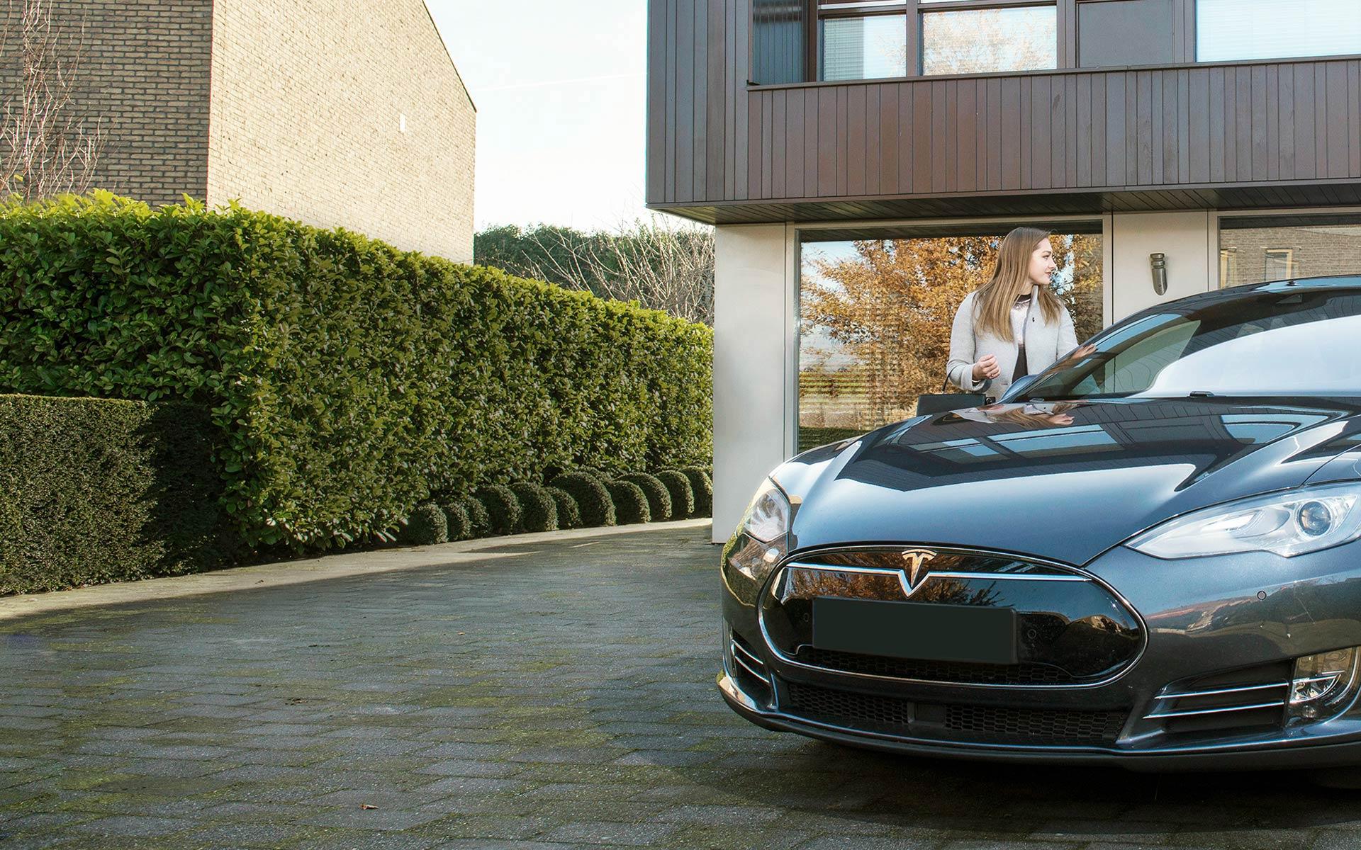 elektroauto mit strom aus der pv anlage laden mit. Black Bedroom Furniture Sets. Home Design Ideas